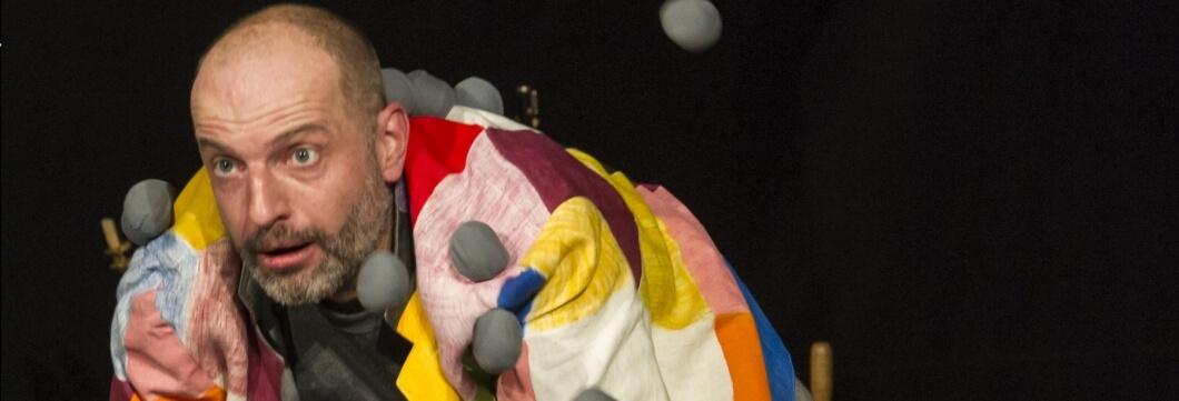 Helge van Hove als Elmar der bunte Elefant
